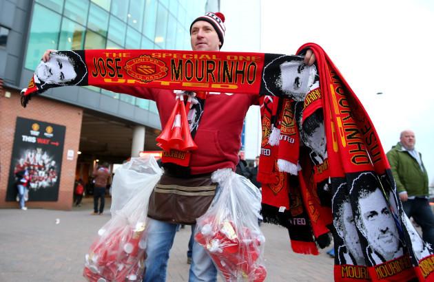 Manchester United v Chelsea - Barclays Premier League - Old Trafford