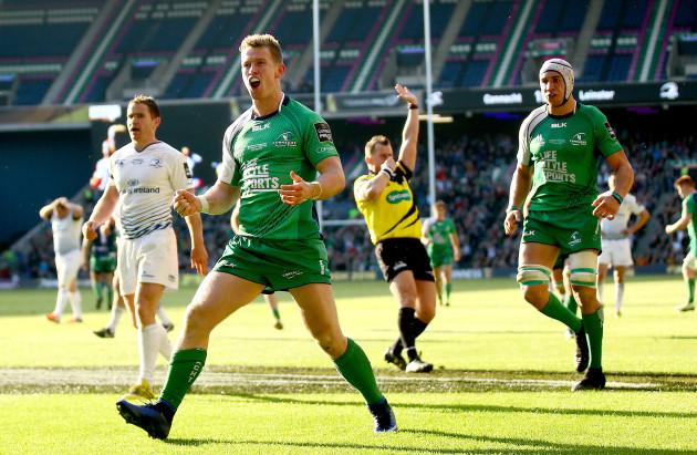 Matt Healy celebrates scoring his sides third try