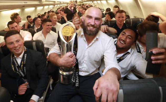 John Muldoon and Bundee Aki on the plane to Knock