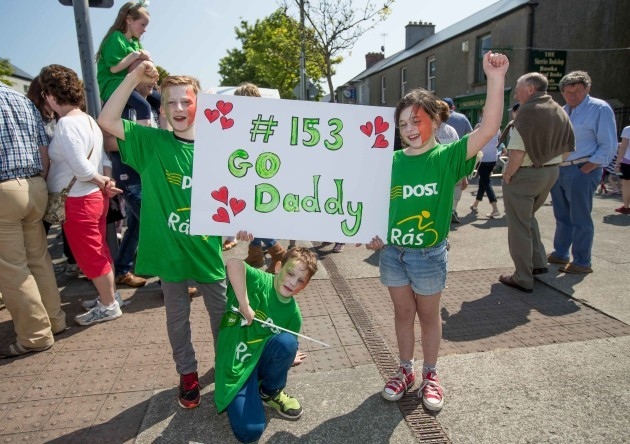 Fans cheer the An Post Rás into Skerries