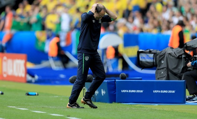 Martin O'Neill reacts to a missed chance