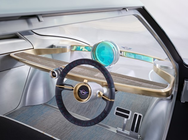 the-steering-wheel-moves-from-the-drivers-side-to-the-center-when-in-autonomous-mode