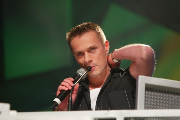 Larry Mullen U2 pictured at the Meteor Ireland Music Awards 2004 in The Point Depot .Photo:Photocall Ireland