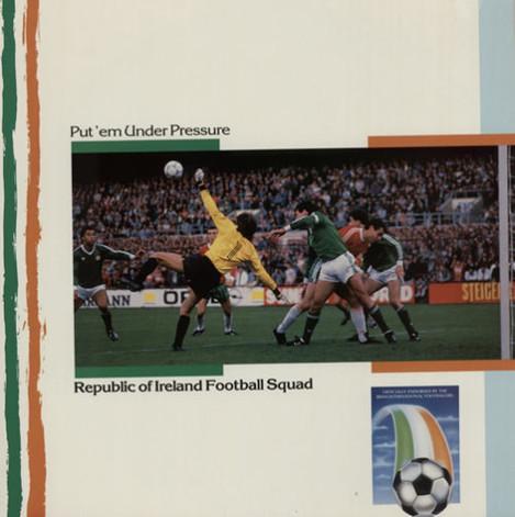 Republic+Of+Ireland+Footb+Put+Em+Under+Pressure+218724