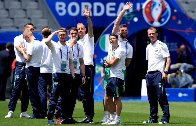 The Ireland team arrive at the stadium