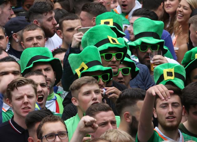 18/6/2016. Ireland Fans Dublin. Irish fans watchin