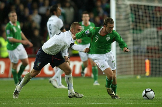 Soccer - FIFA World Cup 2010 - Qualifying Round - Group Eight - Republic of Ireland v Italy -  Croke Park