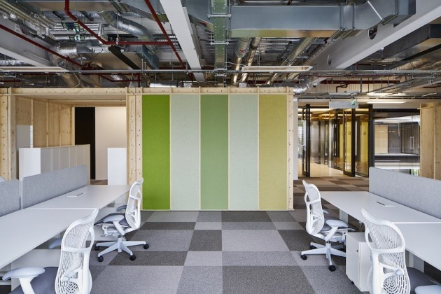 all-of-the-desks-in-googles-new-office-can-be-raised-allowing-googlers-to-stand-and-work-if-they-want-to