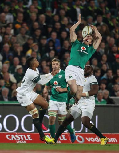 Ireland's Andrew Trimble and Springboks Elton Jantjies