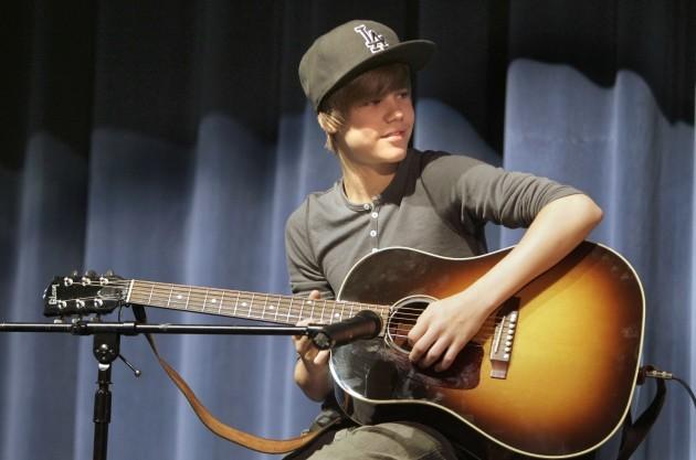 Justin Bieber School Visit