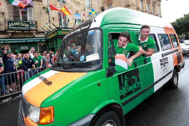 Ireland fans enjoy the atmosphere in Bordeaux