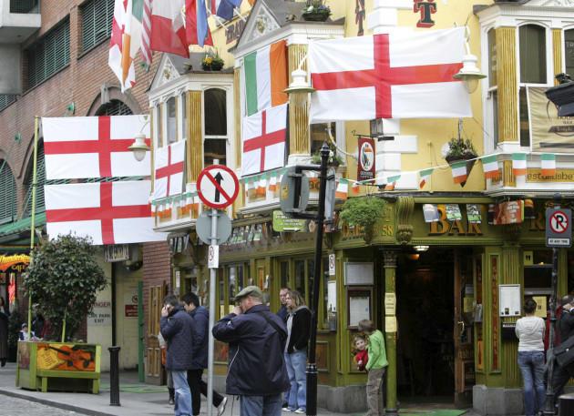 22/2/2007. English Flags