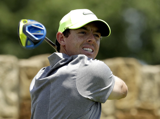 Golf McIlroy Out