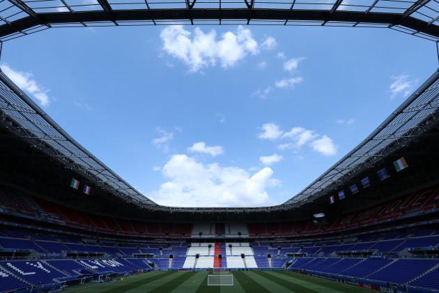 France v Republic of Ireland - UEFA Euro 2016 - Round of 16 - Republic of Ireland Training - Stade des Lumieres