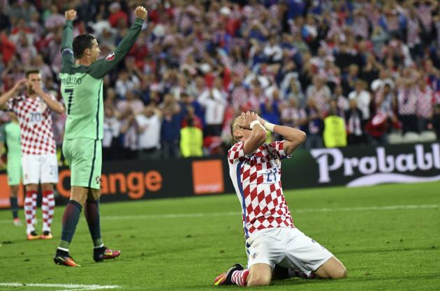 Croatia v Portugal - UEFA Euro 2016 - Round of 16 - Stade Bollaert-Delelis