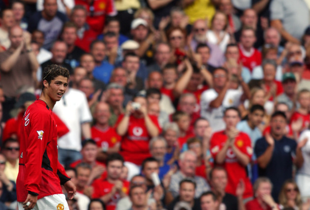 Soccer - FA Barclaycard Premiership - Manchester United v Bolton Wanderers
