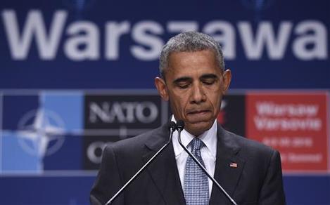 APTOPIX Obama Police _Acos