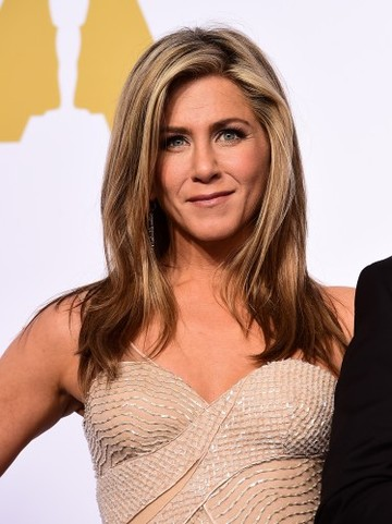 Aniston comments on social media
