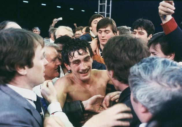 Barry McGuigan celebrates beating Eusebio Pedroza