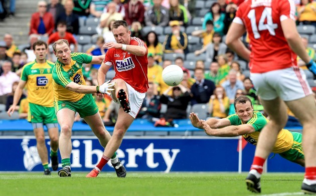 Paul Kerrigan scores the first goal of the game
