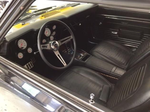 Chevrolet Camaro SS Supercharged V8_10
