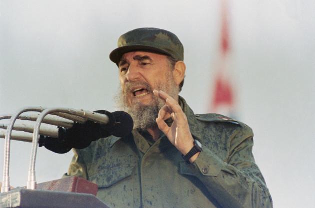 Fidel Castro Speaking Gesturing