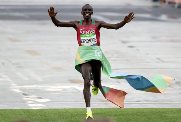 Eliud Kipchoge wins the men's marathon