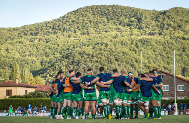 Connacht team huddle before the game
