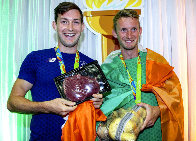 Paul and Gary O'Donovan with the steak and spuds presented to them from Gary Spike O'Sullivan