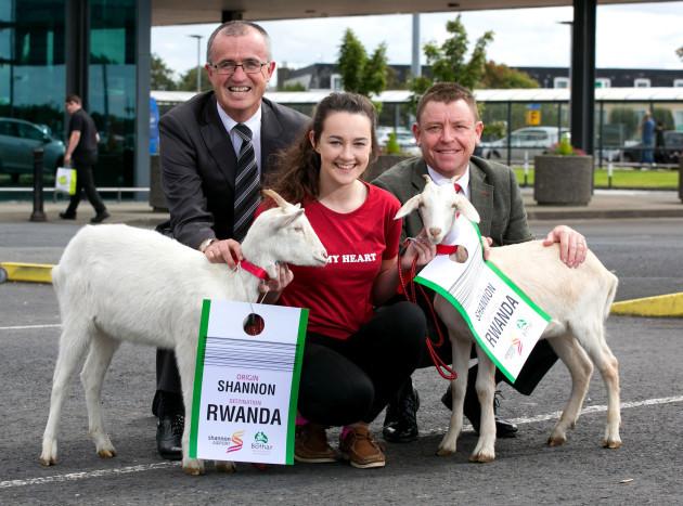 Shannon Bothar Rwanda Animals