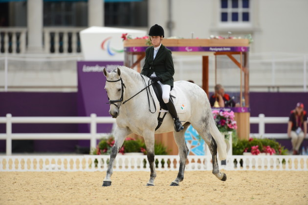 Helen Kearney rides Mister Cool and wins Bronze
