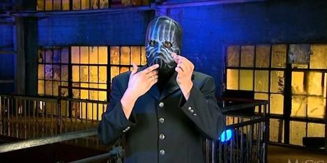 The-Masked-Magician-e1464552141934