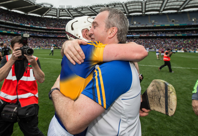 Michael Ryan celebrates with Ronan Maher