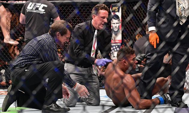 MMA UFC 203