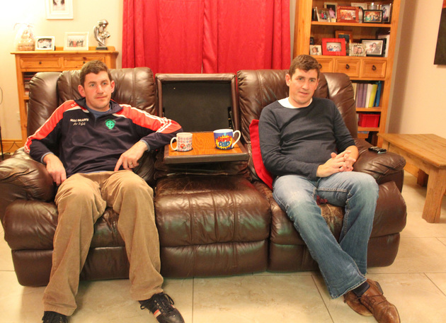 These Cavan twins (and their couch) were the stars of