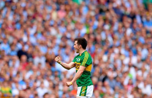 Paul Murphy celebrates scoring a point