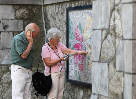 25/07/2014. Dublin Tourists. Pictured tourists loo