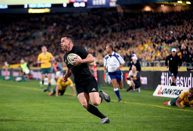 Ryan Crotty runs in a try