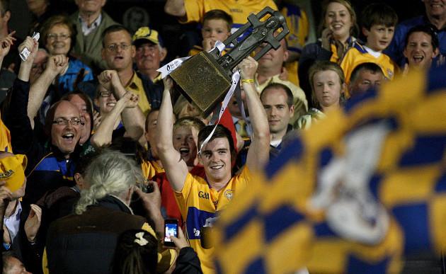Tony Kelly lifts the trophy