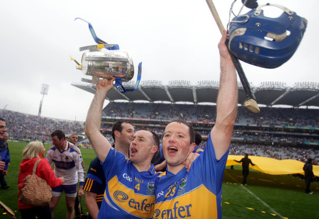 Eoin Kelly and Conor O'Brien celebrate