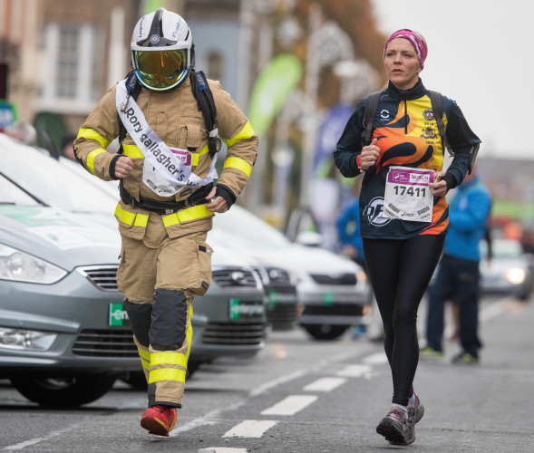 Dublin Fire Brigade member Dave Connolly runs the marathon in full protective equipment for Rory's Wish
