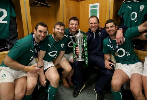 Dave Kearney, Gordon D'Arcy, Brian O'Driscoll, John Plumtree and Rob Kearney celebrate in the dressing room