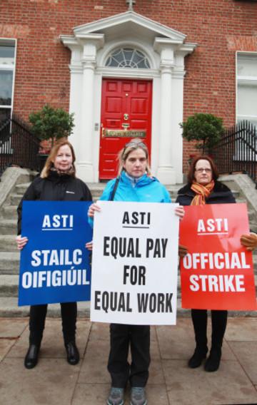 27/10/2016. ASTI Trade Unions Strikes