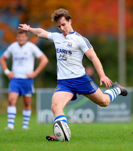 Tomas Quinlan kicks a penalty
