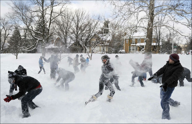 Chelsea-Crockett-Snowball-Fight