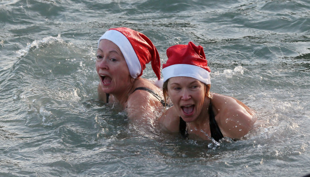 25/12/2013 Forty Foot Christmas Day Swims