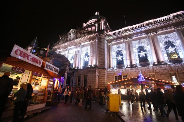 19/11/2014. Belfast Christmas Markets Scenes