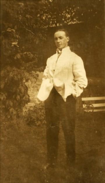 2.Charles Hatchette Hyland