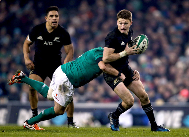 Beauden Barrett tackled by Sean Cronin 19/11//2016