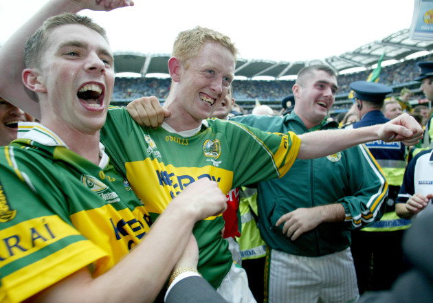 Marc O'Se and Colm Cooper celebrate victory 26/9/2004